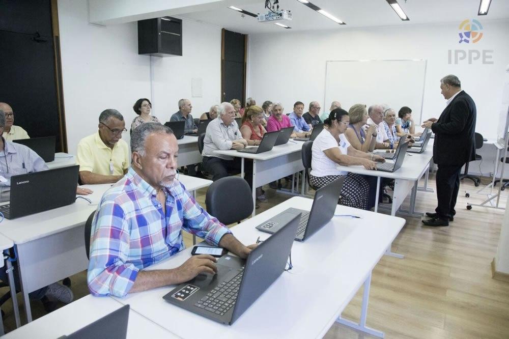 Read more about the article ENTREVISTA RADAR DO FUTURO – INSTITUTO UNE LONGEVIDADE COM O EMPREENDEDORISMO